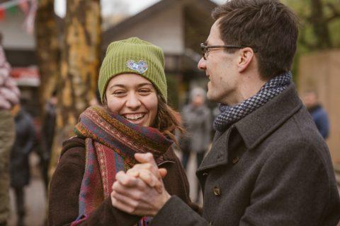Masleniza-Fest in Landwasser – auch bei kaltem Wetter macht Tanzen Spaß!