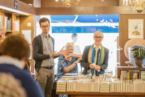 Die Buchhandlung zum Wetzstein lud ein auf ''Ein Buch mit Martin Horn''. Danke Frau Bader für die Einladung.