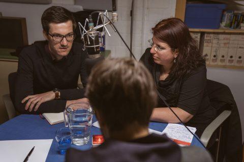 Radio Dreyeckland lud zum Live-Radio-Interview mit den drei aussichtsreichsten Kandidierenden ein. Das Thema der Sendung war bezahlbarer Wohnraum in Freiburg.