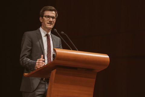Martin Horn steht für einen Wechsel am 22. April 2018 – dies untermauerte er mit seiner Vorstellungsrede im Konzerthaus bei der offiziellen Kandidierenden Vorstellung der Stadt Freiburg.