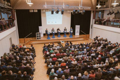 Die Arbeitsgemeinschaft Freiburger Bürgervereine lud zur Podiumsdiskussion ins Zähringer Bürgerhaus ein.