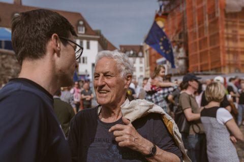 Genau zwei Wochen vor dem ersten Wahlgang fand eine Diskussion auf dem Augustinerplatz zum Thema Europa statt. Pulse of Europe lud ein.