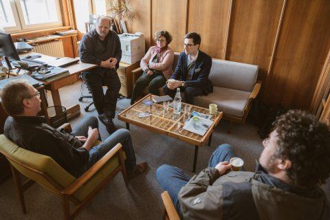 Im Gespräch mit den Geschäftsführern der FABRIK für Handwerk, Kultur & Ökologie e.V., Martin Wiedemann und Hans Schmid, und Stadträtin Türkan Karakurt
