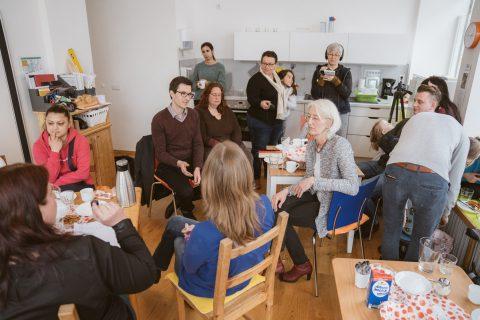 Das Klara Mütterzentrum wollte wissen, was für Familien in Freiburg getan werden kann. Wichtiges Thema war unüberraschend bezahlbarer Wohnraum.