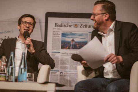 Die Badische Zeitung lud zur einstündigen, live übertragenen Talk-Runde in die Wodan Halle ein.