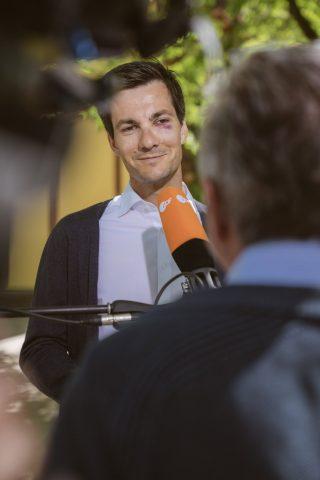 Am Montag, dem Tag nach dem Wahlsieg, war Martin Horn ein gefragter Interviewpartner für alle großen Fernseh und Radiosender und Zeitschriften.