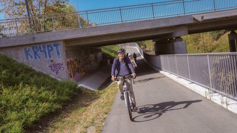 Grüne-Industrie-Tour - hinter den Kulissen der ''GreenCity'' Freiburg. Eine Radtour mit u.a. Bürgermeisterin Gerd Stuchlik und Herr von Zahner, Umweltamt | 17. August 2018