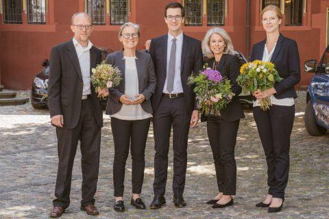Die neuen Teammitglieder rund um Oberbürgermeister Martin Horn. vlnr: Joachim Fritz, Stadtteilreferent; Simone Hund, Büroleitung; Nicole Horstkötter, persönliche Referentin; Katja Heinrich, Social Media. | 2. Juli 2018