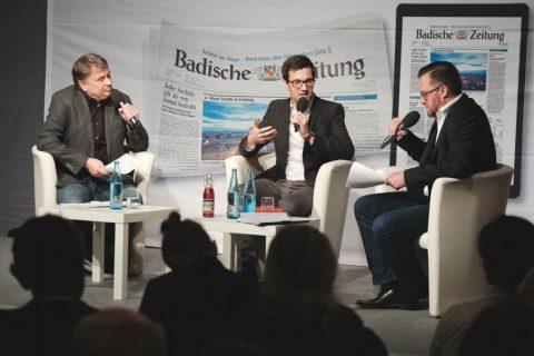 Martin Horn stellt sich den Fragen von Joachim Röderer, BZ-Redakteur, und Holger Knöferl, Leiter der BZ-Heimatredaktion